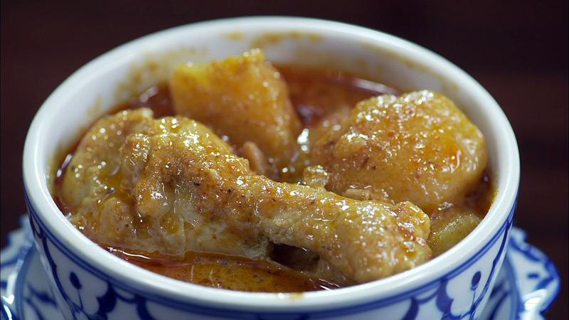 第11話 足立区 北千住のタイカレーと鶏の汁無し麺